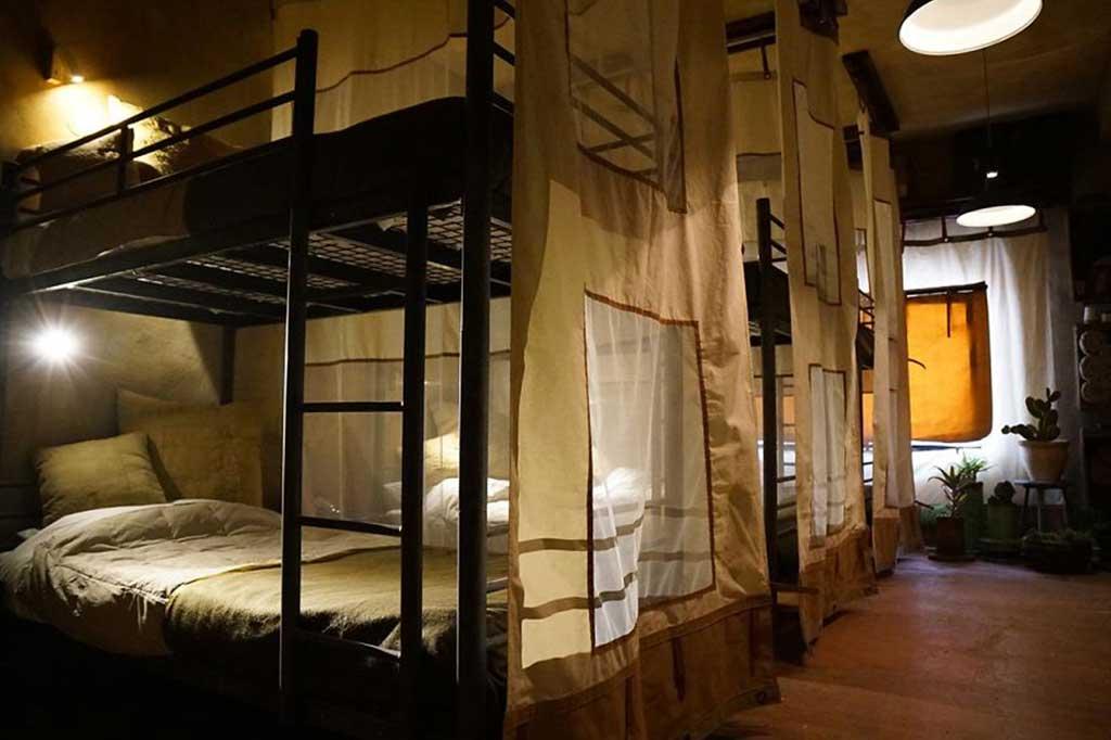 hotel de banksy