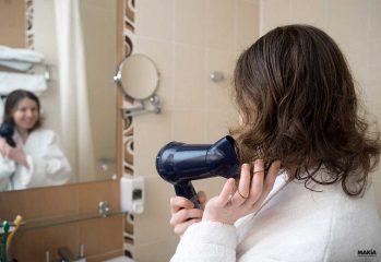 secador de pelo de pared