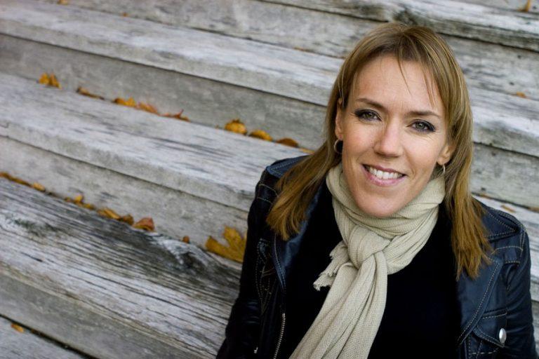 Åsa Larsson pasa de la novela negra a la literatura